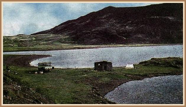 Langavatn 1965 - Kunnugir þekkja höfðann til hægri sem eyju í dag