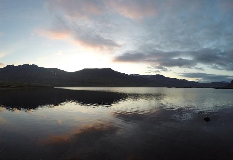 Hítarvatn að kvöldi 17.júní