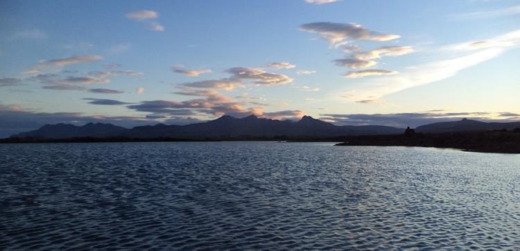 Hlíðarvatn, Ljósufjöll í baksýn