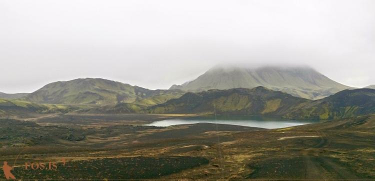 Eskihlíðarvatn - Löðmundur í baksýn, Lifrarfjöll til vinstri
